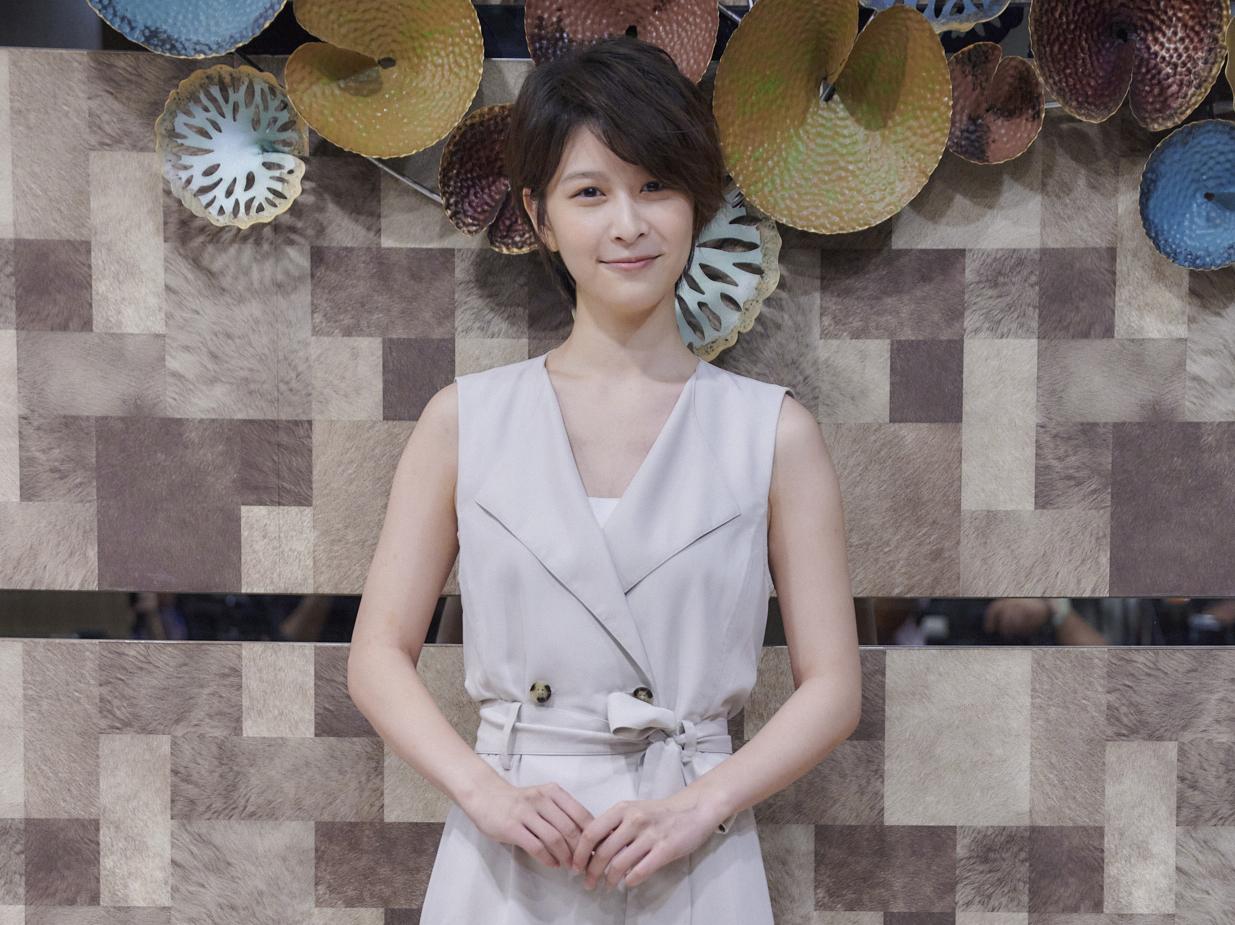 《華燈初上》江宜蓉所飾演的林雅文是酒店裡的開心果_百聿數碼提供