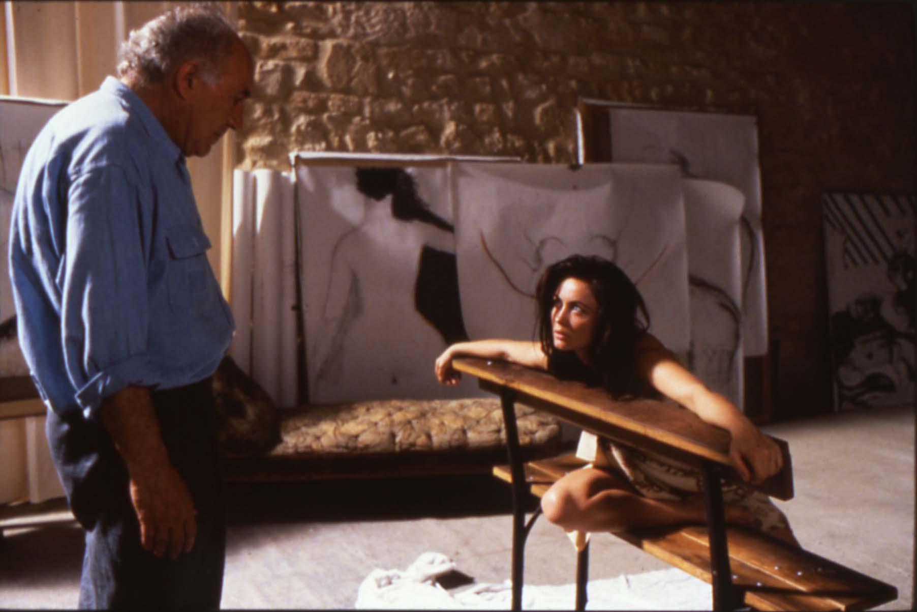 艾曼紐琵雅(圖右)和米歇爾皮寇利在坎城影展評審團大獎作品《美麗壞女人》有精彩演出