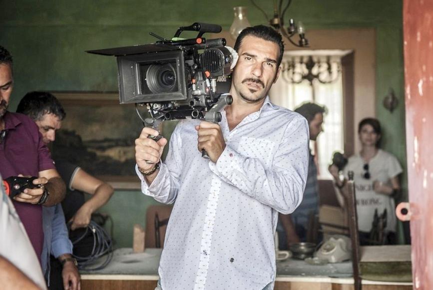 艾多阿爾多里奧本身也是電影導演