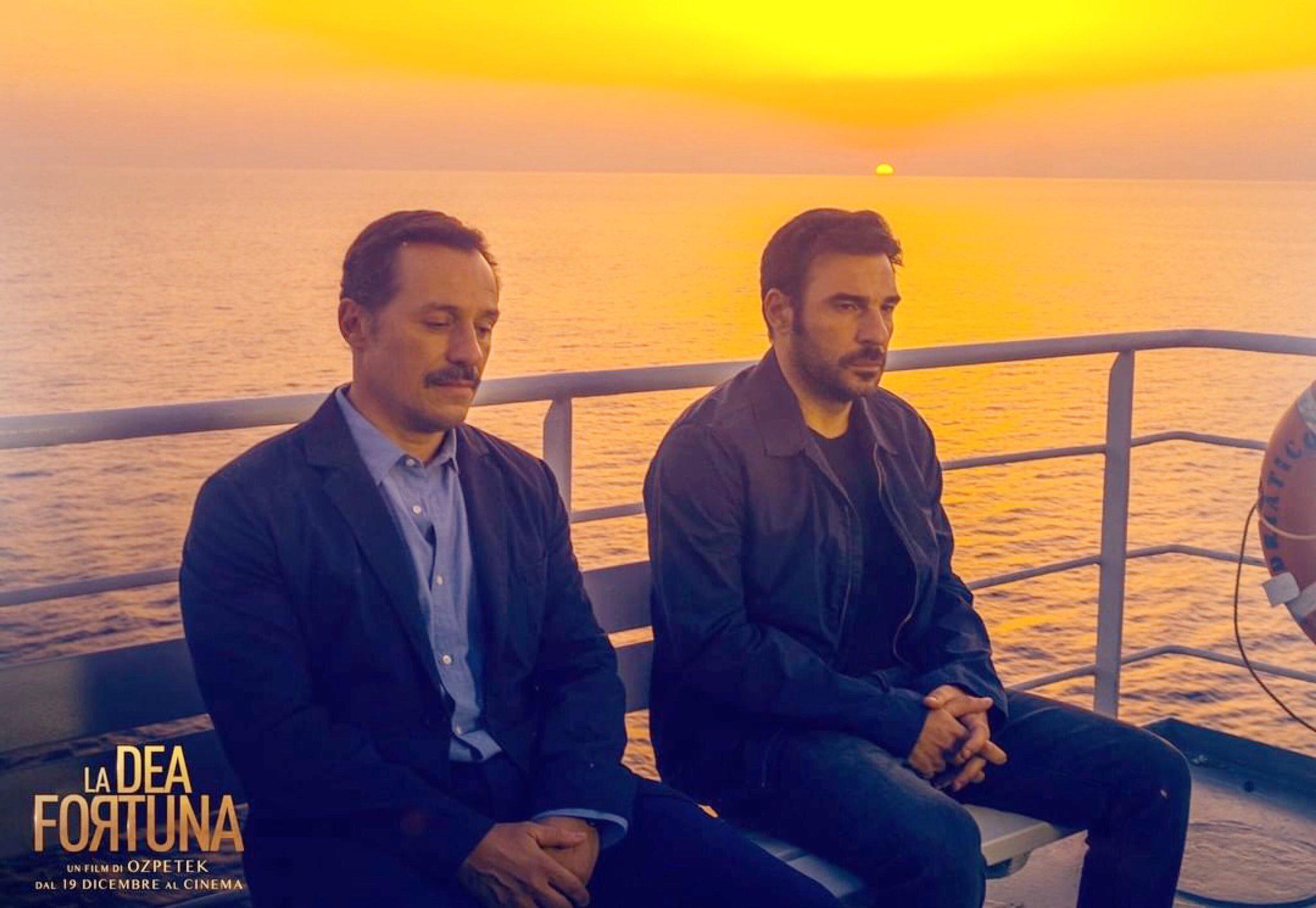 史蒂芬努阿科西與艾多阿爾多里奧,兩人在《幸運女神》在黃昏暮色中的一席對話深植人心
