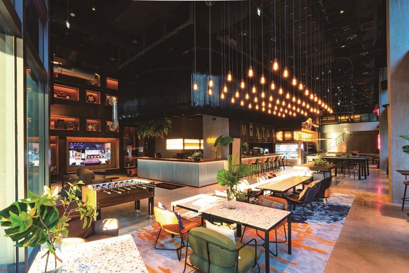 大廳發揮空間共享特色,多複合功能。圖片提供/台中豐邑Moxy酒店