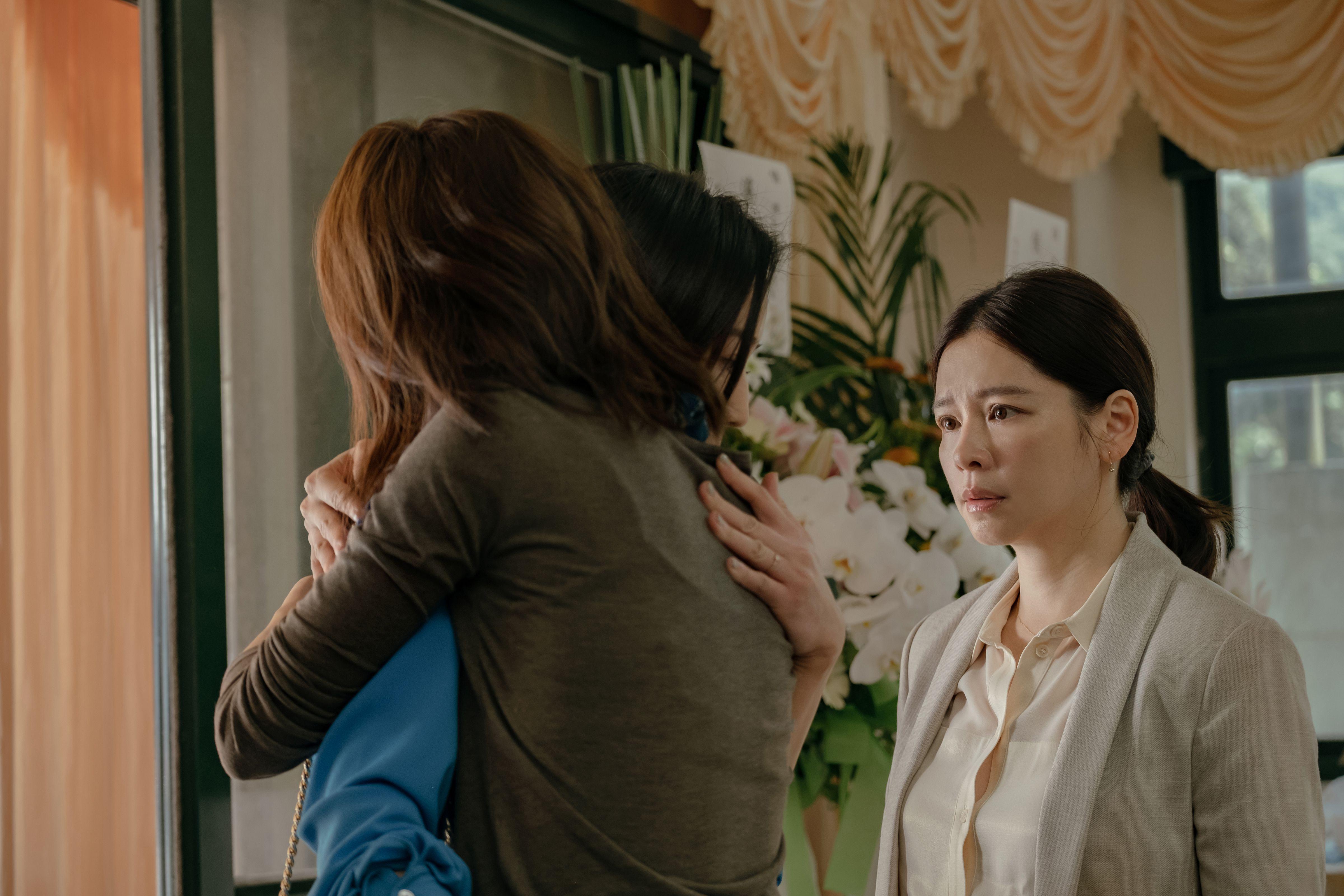 張鈞甯義氣相挺,為拍《孤味》在工作空檔中短暫飛回台灣演出