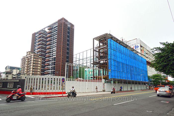 捷運劍潭站一帶高價都更案湧現,進而拉高了當地房價。