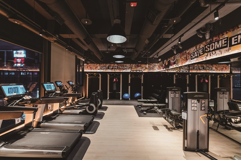 健身房24小時開放,特選美國力健(Life Fitness)以及義大利泰諾健(Technogym)專業健身器材。攝影/Ray