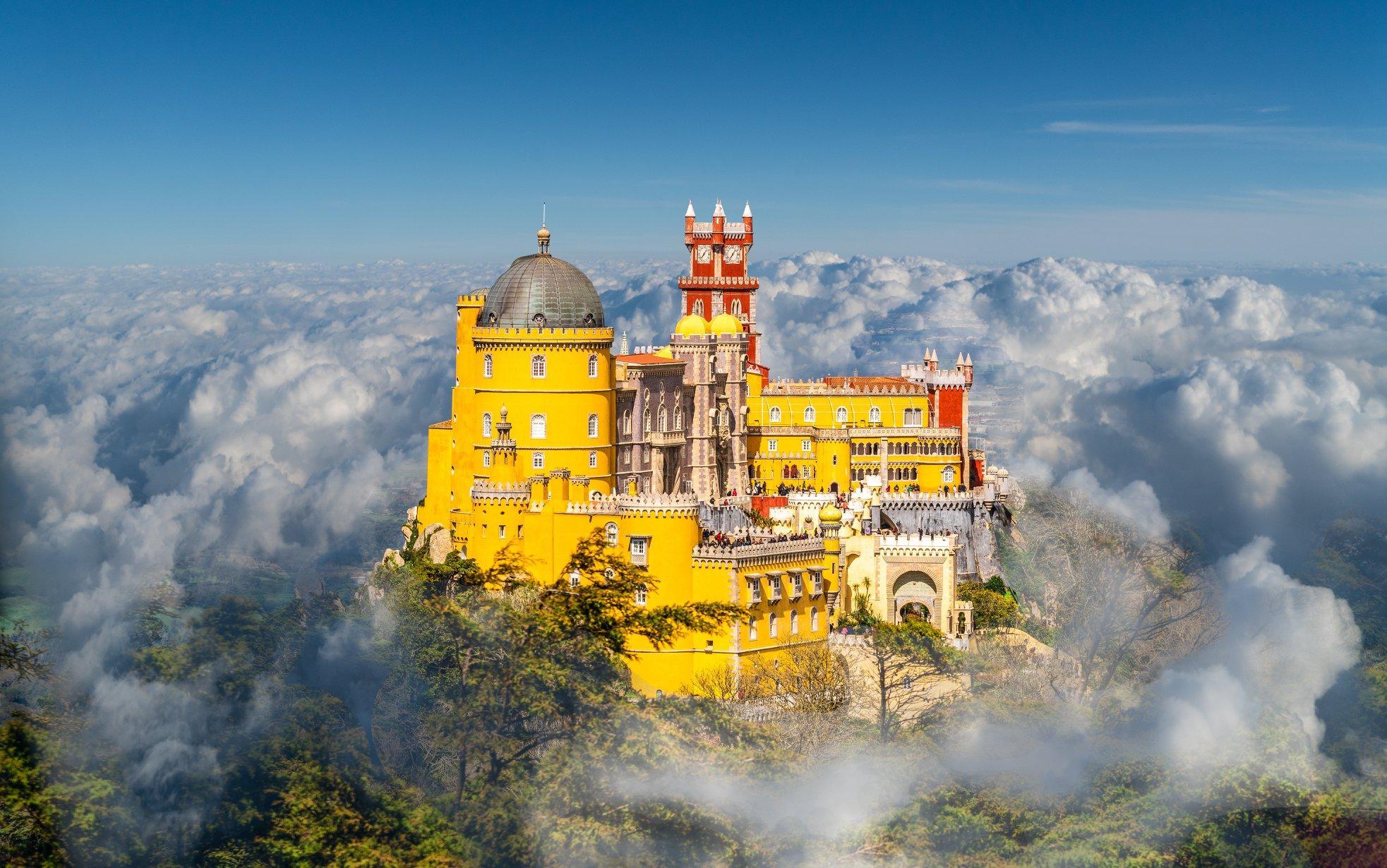 彷彿是雲端上的宮殿 (圖片提供/可樂旅遊)
