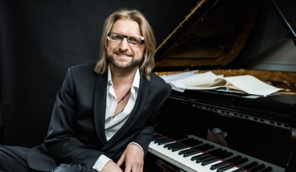 《只有悲傷才是美麗的》片中一場場出神入化的鋼琴樂章,則出自發過一百張唱片的波蘭爵士大師萊舍克莫傑爾(Leszek Mozdzer)之手