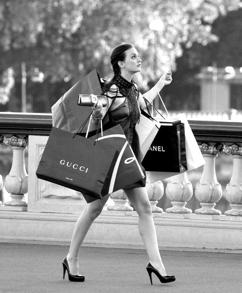 很少逛街購物的你多半把時間花在自己喜歡的事情上,因為你覺得有時候逛街實在很浪費時間啊~