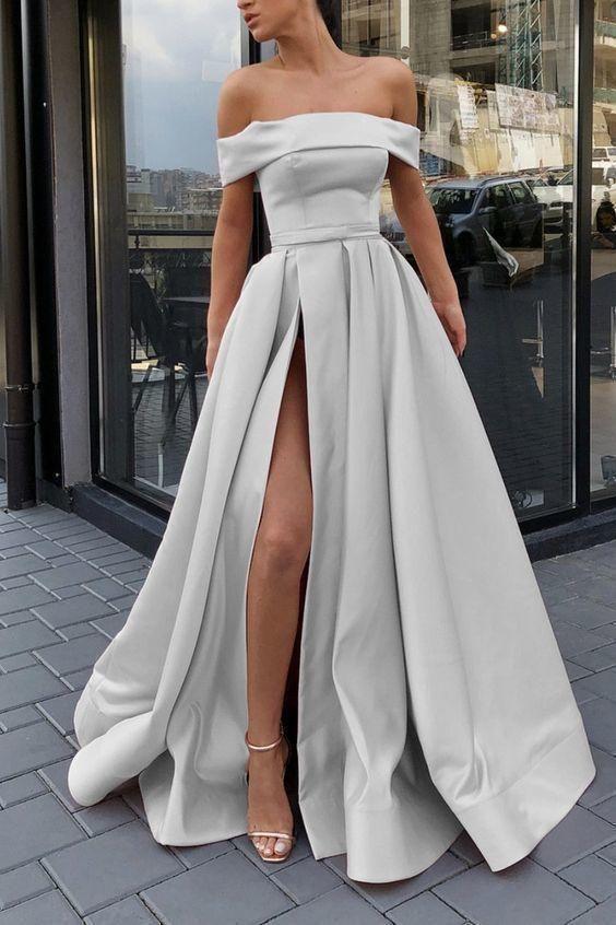 不在乎別人如何評論你的穿著,因為你認為穿的舒適最為重要,何必為了迎合他人眼光穿上自己不滿意的服裝。