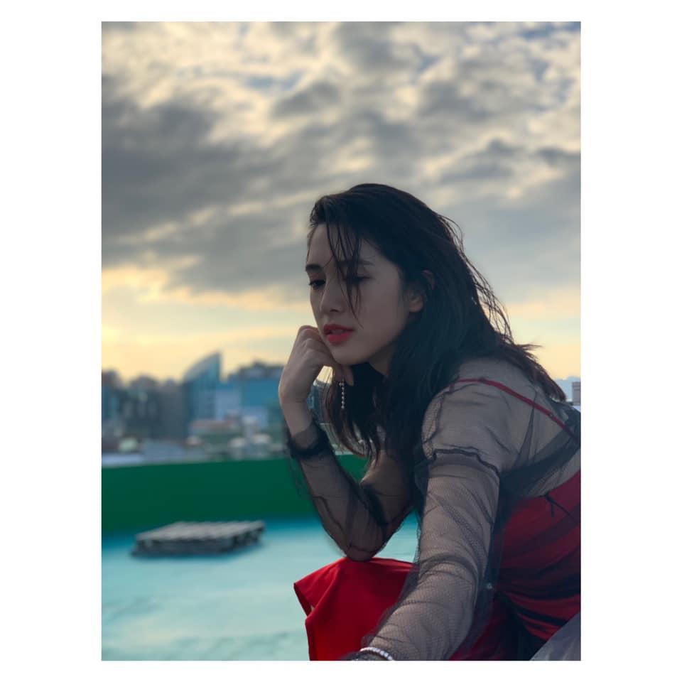 新生代演員劉奕兒追憶永遠的泰山爺爺高鳴 (擷取自FB粉絲專頁)