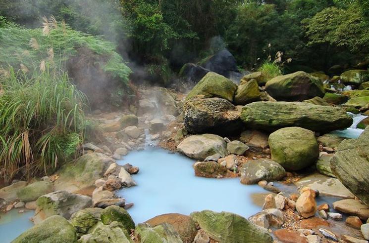 溫泉之神也會讚許的仙境 網紅激推7處絕美野溪溫泉