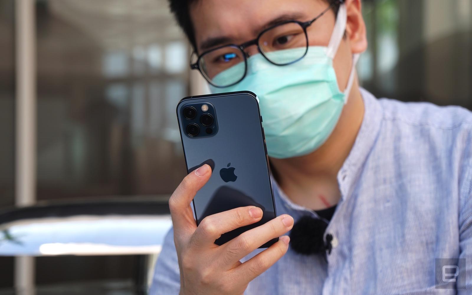 apple iphone 12 iphone 12 pro unboxing