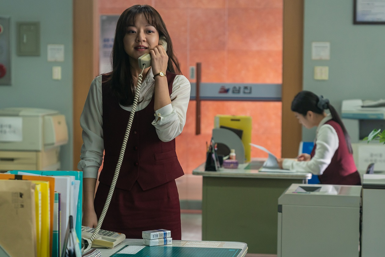 《菜英文沒在怕》空降韓國票房冠軍!觀眾推爆「今年看完心情最好的電影!」