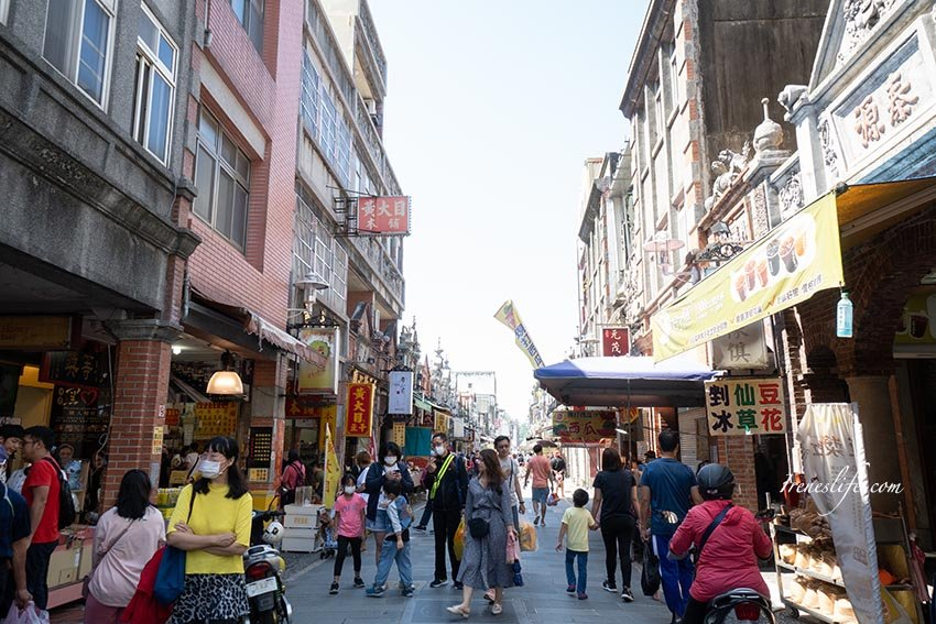 大溪老街|新加坡刀切冰淇淋 PK 正港台灣味的爆米香霜淇淋