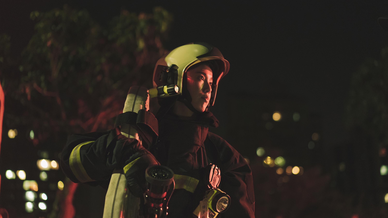 陳庭妮飾演劇中唯一的女性消防員,從拍攝時就有感受到身為消防員的使命感