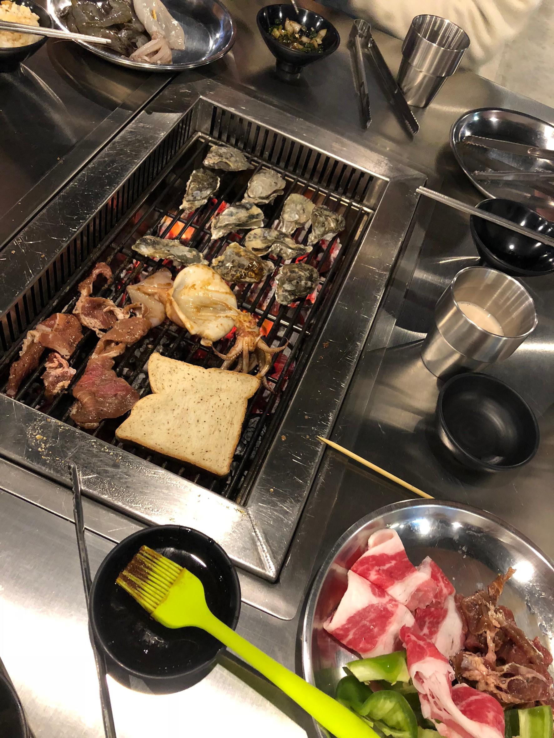▲小琉球到處都是吃到飽的燒肉海鮮店。