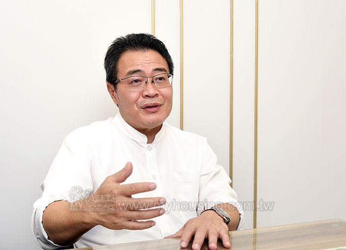 埜揚廣告副總經理謝智淵點明,建設相繼收割,是青埔房市升溫的最大關鍵。