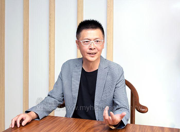 上順房屋開發代銷執行長楊智維指出,A18站前廣場的招商案,對往後的青埔房市大有助益。