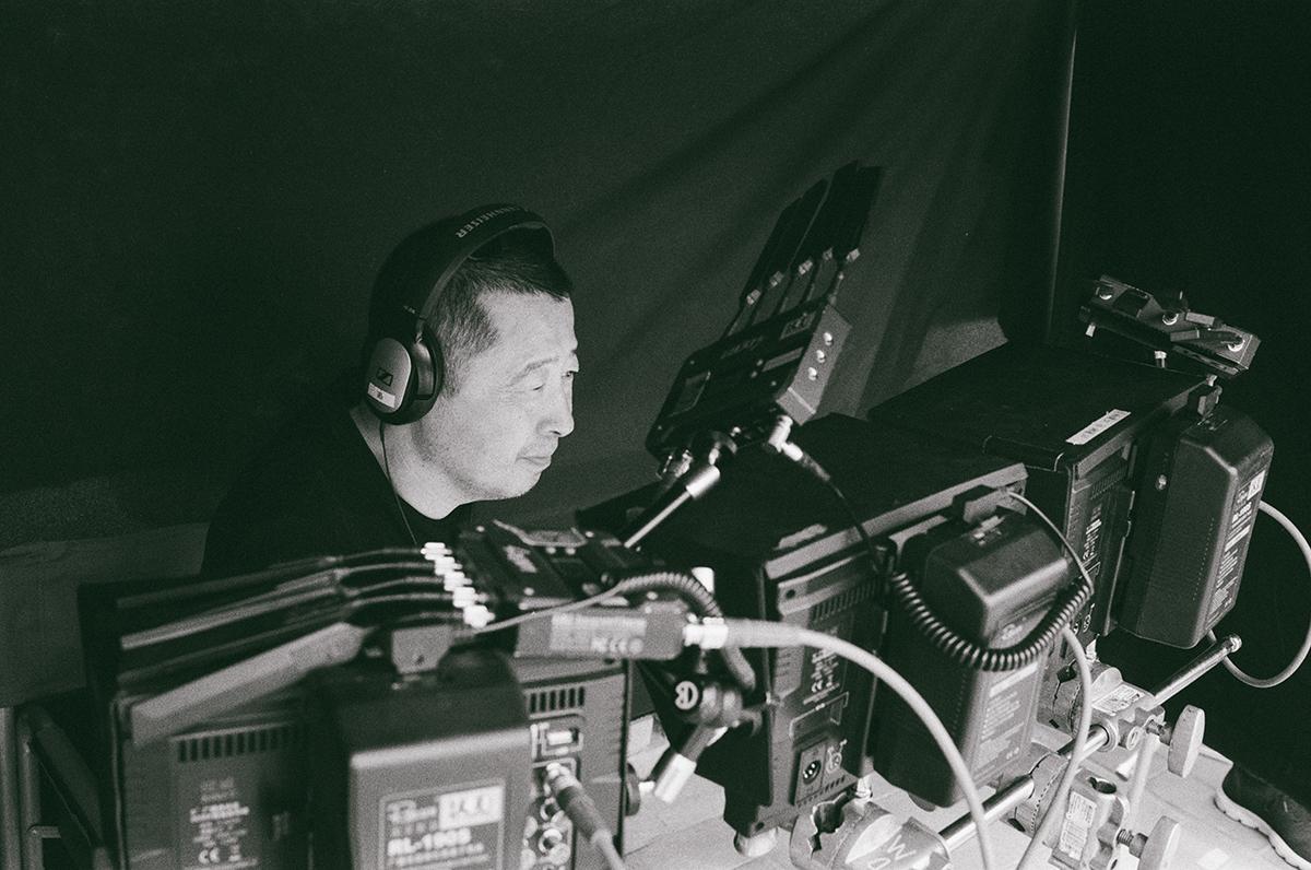 賈樟柯《一直游到海水變藍》工作照,本片116-1119 於影音平台【想映電影院】獨家限期上架