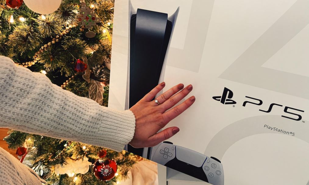 沒有 PS5 也沒有女友的人表示...(圖源:Reddit)