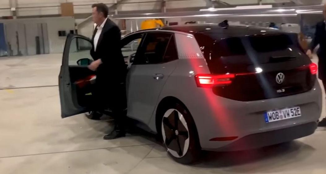 圖/「Small BEV」可能比Volkswagen九月上市的ID.3電動車更便宜,而ID.3當時最具話題的,就是找來特斯拉CEO馬斯克當試駕員。
