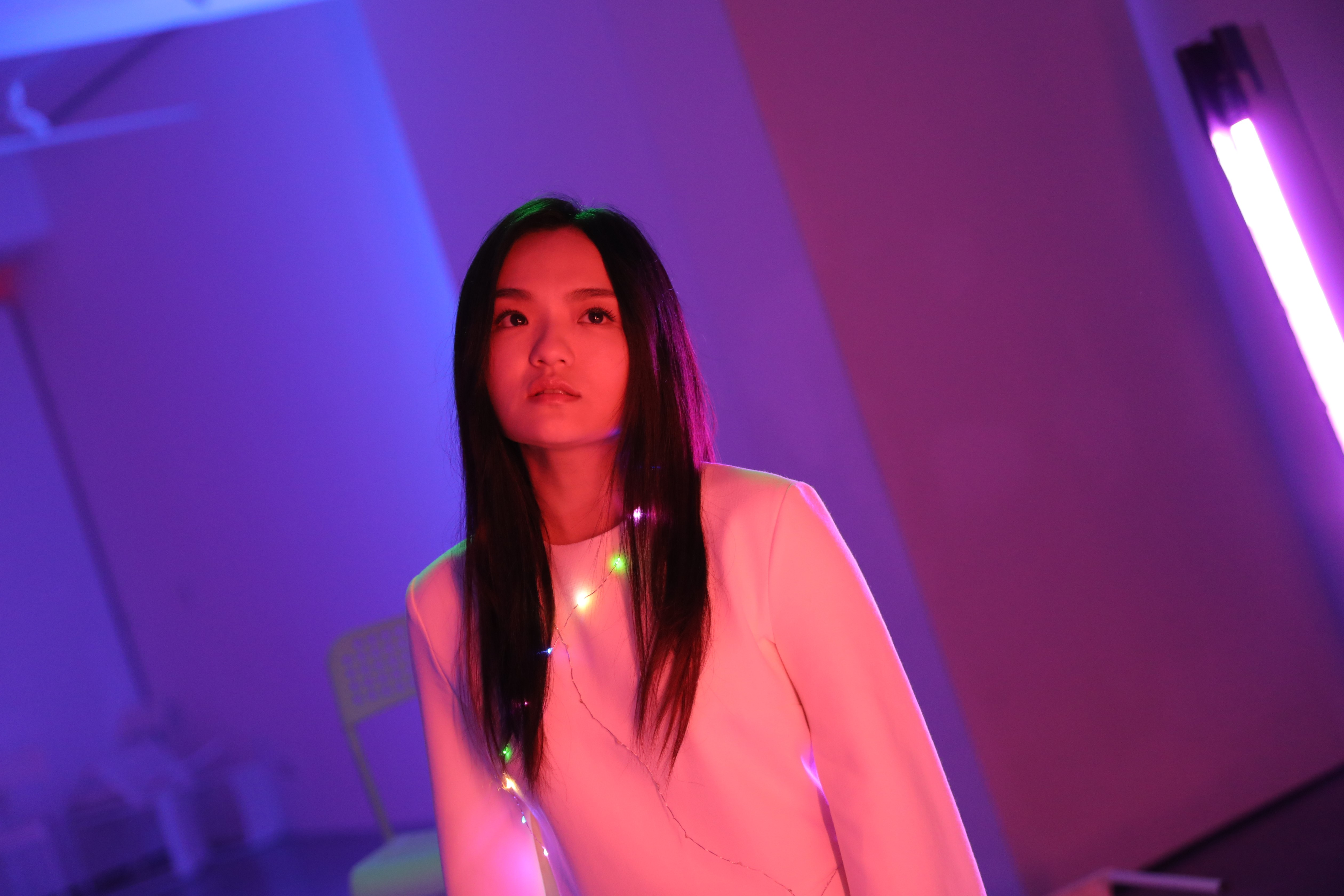 徐佳瑩〈沒顏色的花〉細膩唱出同志情感