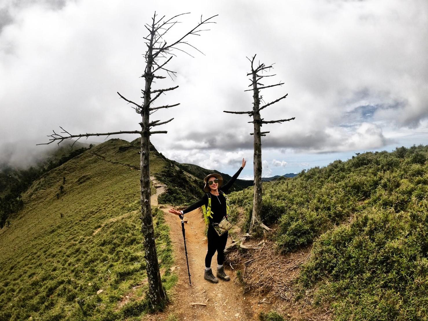 ▲熱愛挑戰百岳的房思瑜,日前赴嘉明湖登山旅遊。